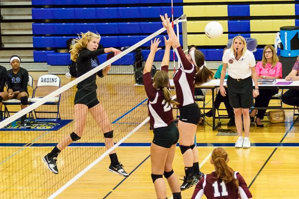 BHS volleyball routs Franklin in division game