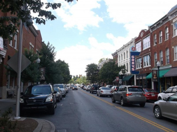 Many Main Street businesses hiring as business booms | Main Street Franklin, Franklin Home Page, FHP