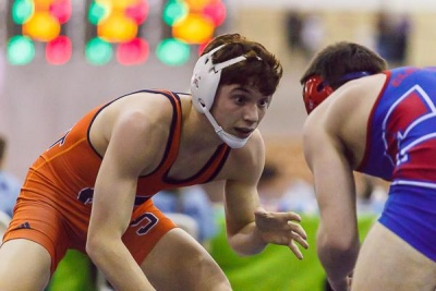 Summit loses first round of state wrestling duals, next match Saturday