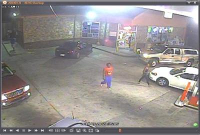 Franklin Police seeking credit card thieves