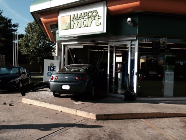 Two injured as car crashes into Mapco in Cool Springs