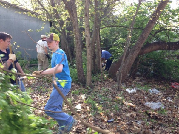 Eagle Scout candidate cleans up Carter's Hill Park | Eagle Scout,Carter's Hill Park,Franklin Home Page,FHP
