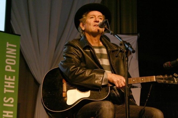Rodney Crowell, Lamar Alexander pull out surprises at chamber luncheon