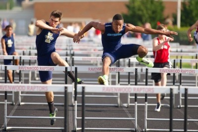 UPDATED: Centennial, Hawkins win sectional track; Dunavant stars in DII
