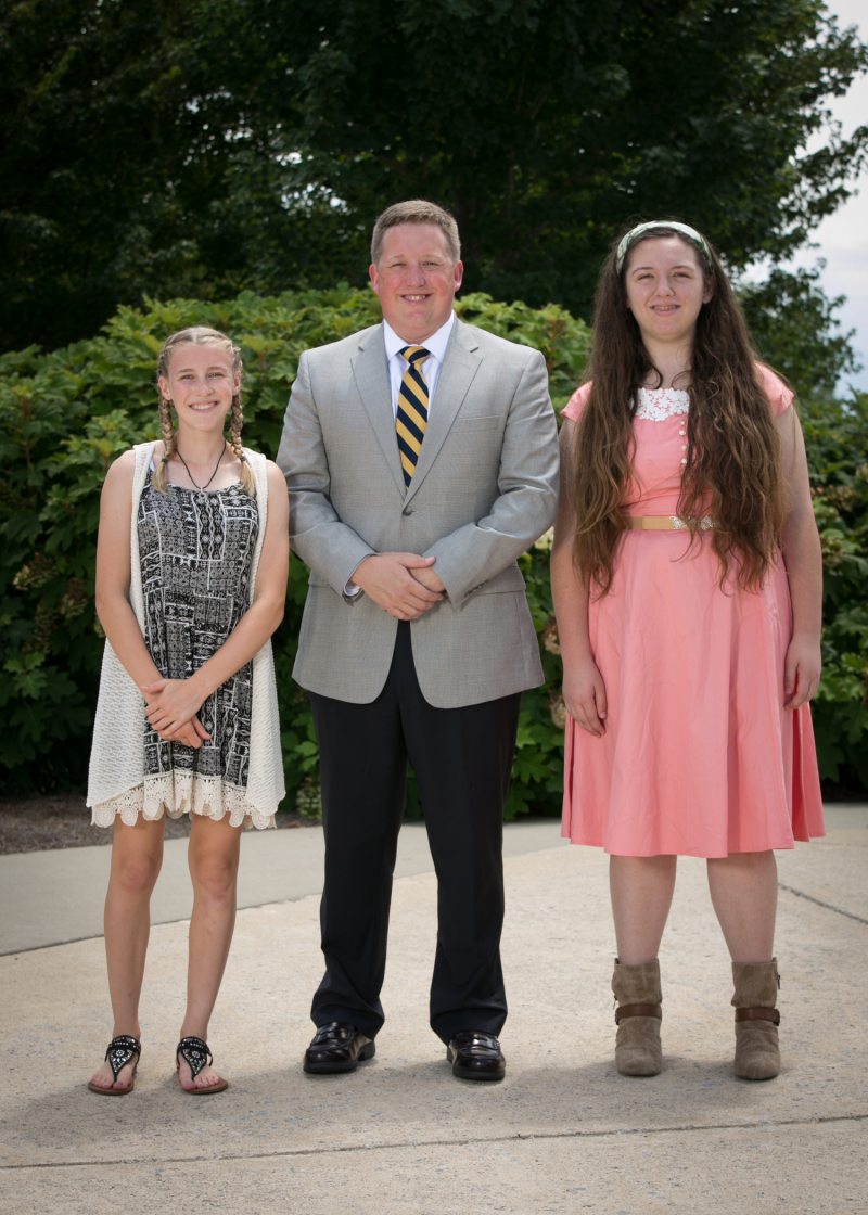 BGA gives out scholarships for rising freshmen