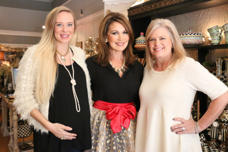 Haute Hostess apron creator shows off Oprah Magazine favorite in downtown | shopping, holidays, downtown Franklin, Vintage Jolie, Haute Hostess, aprons, hosting