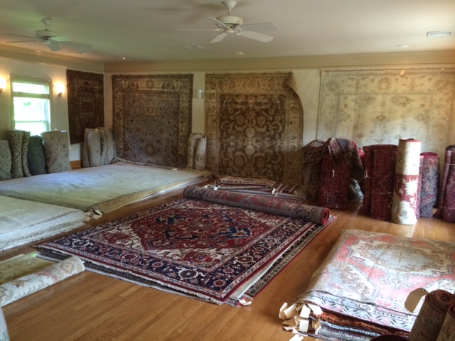 BUSINESS SPOTLIGHT: Persian, oriental rugs at low, wholesale prices