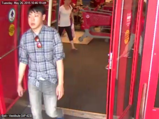 FPD seek help on nabbing shoplifter who stole expensive headphones