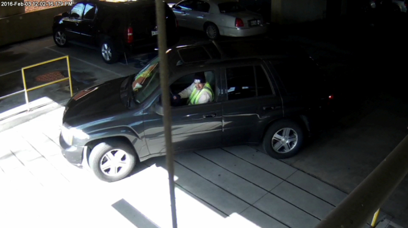 Police searching for man who stole spare tires, license plates