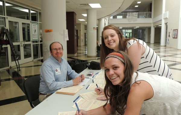 Hundreds of high school students register to vote